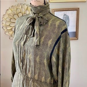 48988bd4ad1 Vintage Albert Nipon pleated skirt tie neck dress